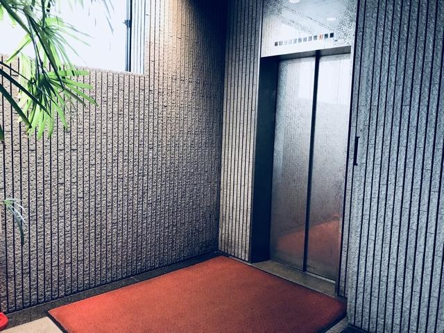 ベイシティ滝川エレベーター